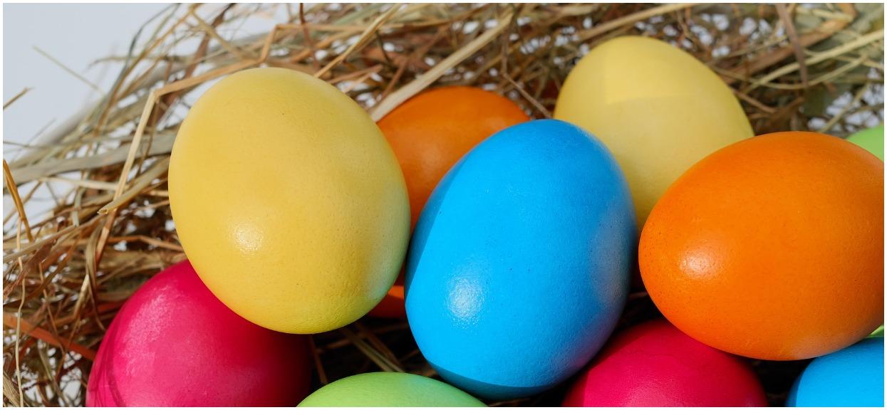 Jak gotować jajka do malowania? Tradycyjne i piękne sposoby