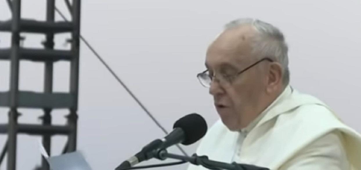 Papież Franciszek nie może być spokojny? Jest o nim w przepowiedni Nostradamusa