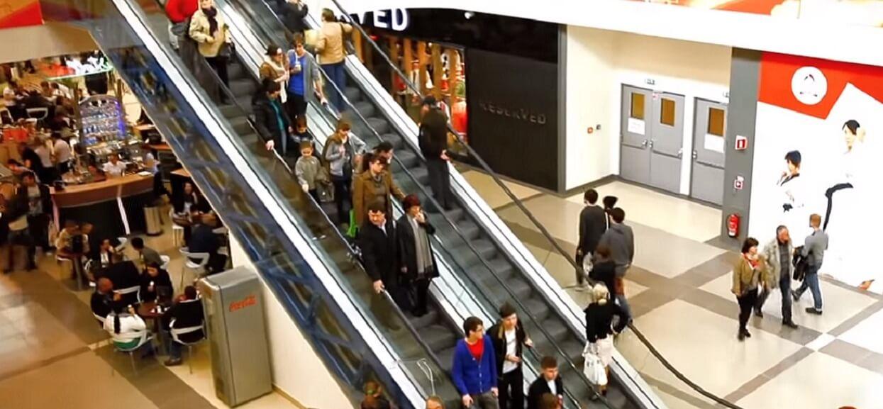 Gigantyczna ewakuacja w galerii handlowej w polskim mieście. Są otruci