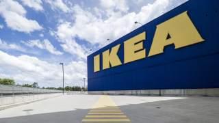 Ikea - zarobki. Ile zarabia się w popularnym sklepie meblowym?