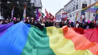 Co zawiera Karta LGBT Plus? Cała prawda na temat treści dokumentu