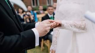 Ojczym opłacił ślub przybranej córki. Ujawniła prawdę, która rozerwała mu serce