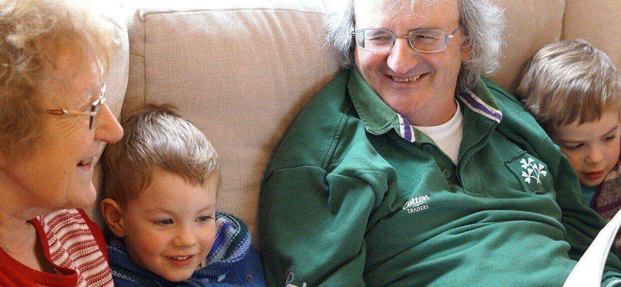 Kilkanaście lat opiekują się wnukiem, ale nie dostaną 500 plus