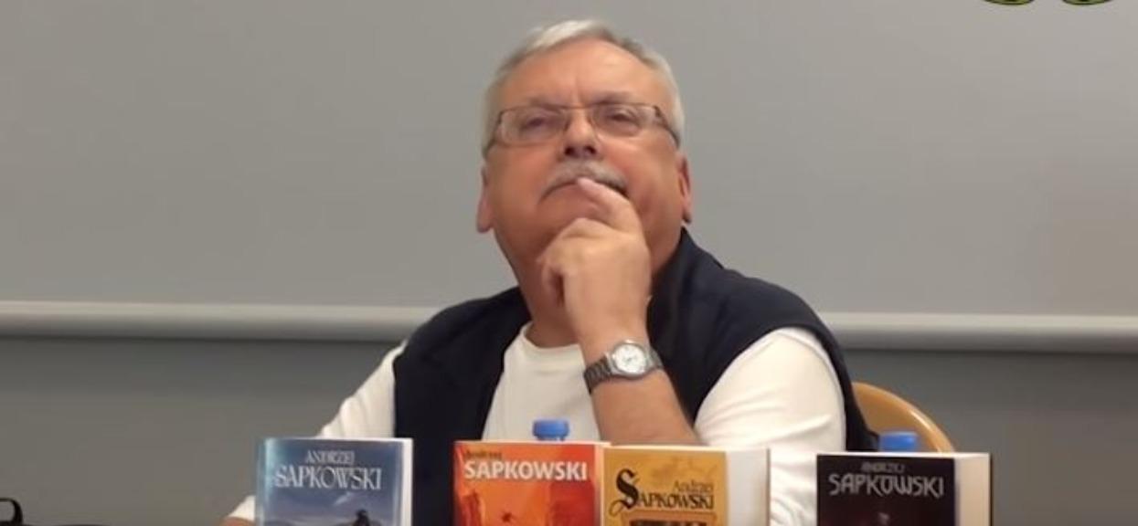"""Andrzej Sapkowski był na planie """"Wiedźmina"""". Jego komentarz do serialu Netflixa powala"""