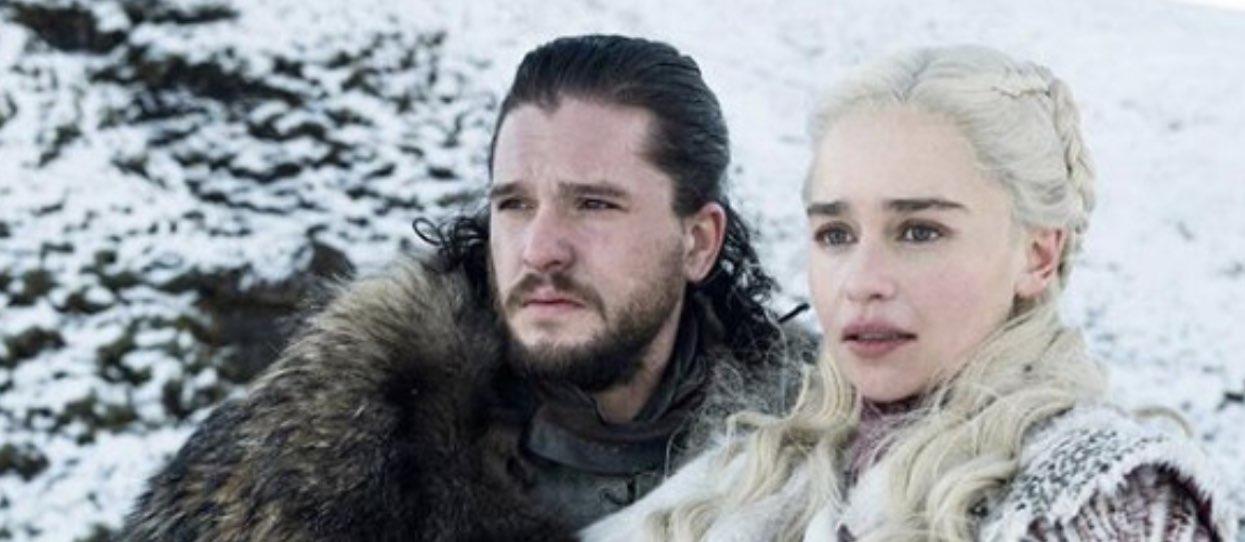 Wróciła Gra o Tron. Kim jest Jon Snow i kim dla niego jest Daenerys?