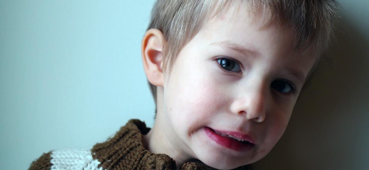Czy szczepionki powodują autyzm? Obalamy skandaliczny mit!