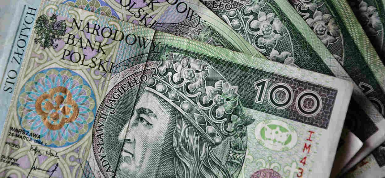 To już oficjalne: ministerstwo poinformowało, kiedy Polacy dostaną przelew z 13-stą emeryturą