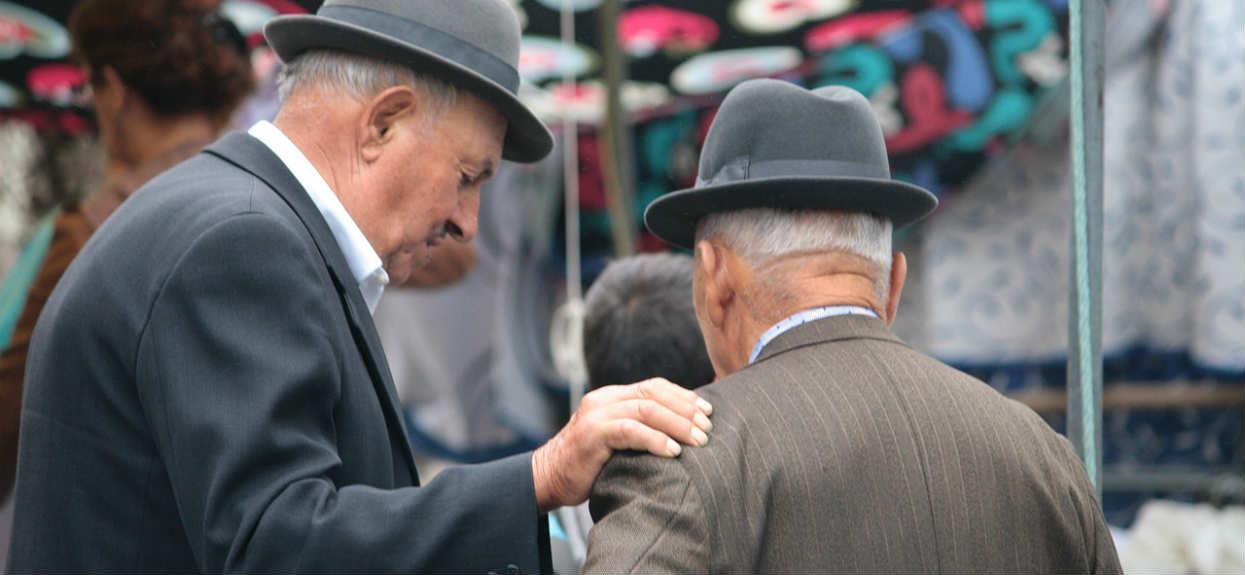 Trzynasta emerytura zabierze zasiłek? Emeryci drżą z niepewności