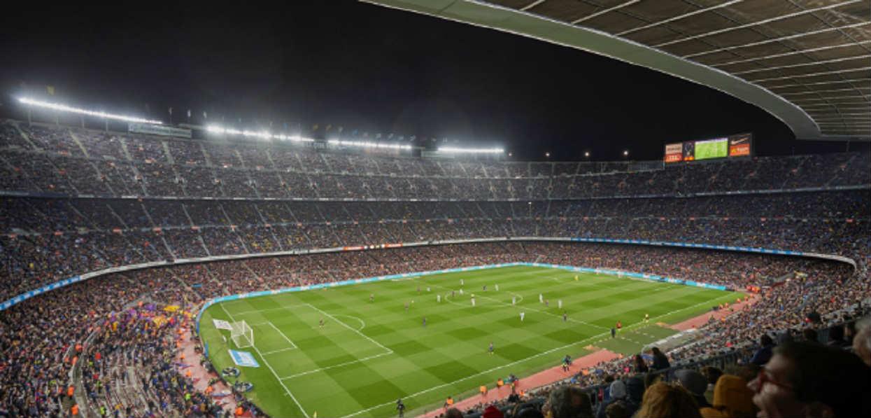 Barcelona chce sprowadzić kolejnego pomocnika. To może być najważniejszy transfer okienka!