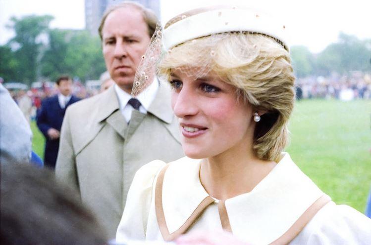 Młoda piękność wcieli się w księżną Dianę. Jej uroda jest powalająca