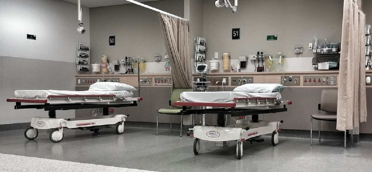 Marcin umierał 11 godzin na szpitalnym korytarzu. Były wolne łóżka, lekarze odmówili pomocy