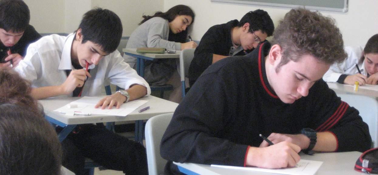 O której zaczyna się egzamin gimnazjalny? Koniecznie nastaw budzik!