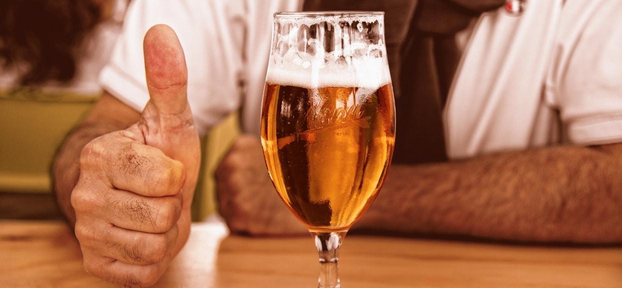 Czy w Warszawie nad Wisłą można pić piwo? Odpowiedź nie jest prosta