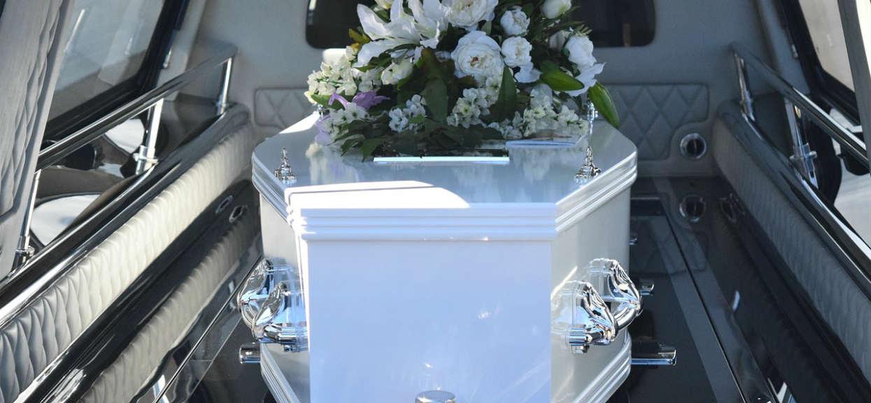 Strzelanina podczas pogrzebu wielkiego artysty. Ofiary śmiertelne