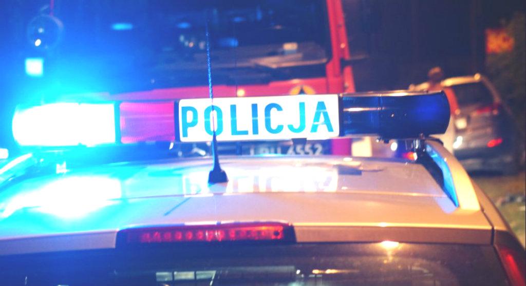 Szaleniec ścigał rowerzystę i celowo przejechał go autem. Porażające sceny w polskim mieście, prokuratura postawiła zarzut