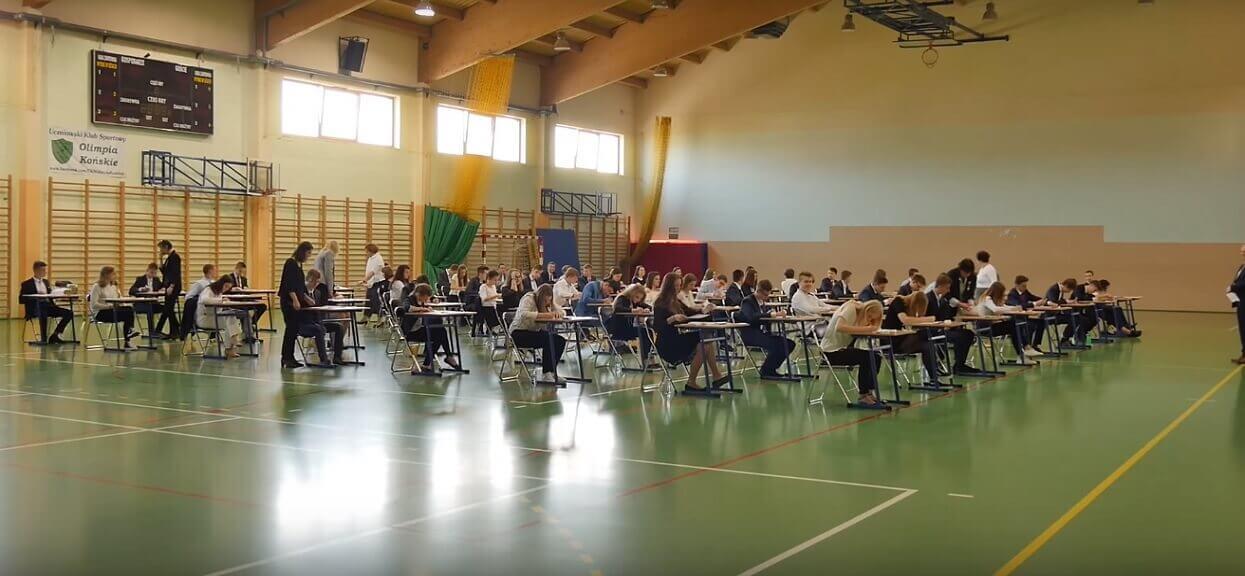W których szkołach odbędzie się egzamin gimnazjalny? Dyrektorzy czekają z decyzją do ostatniej chwili