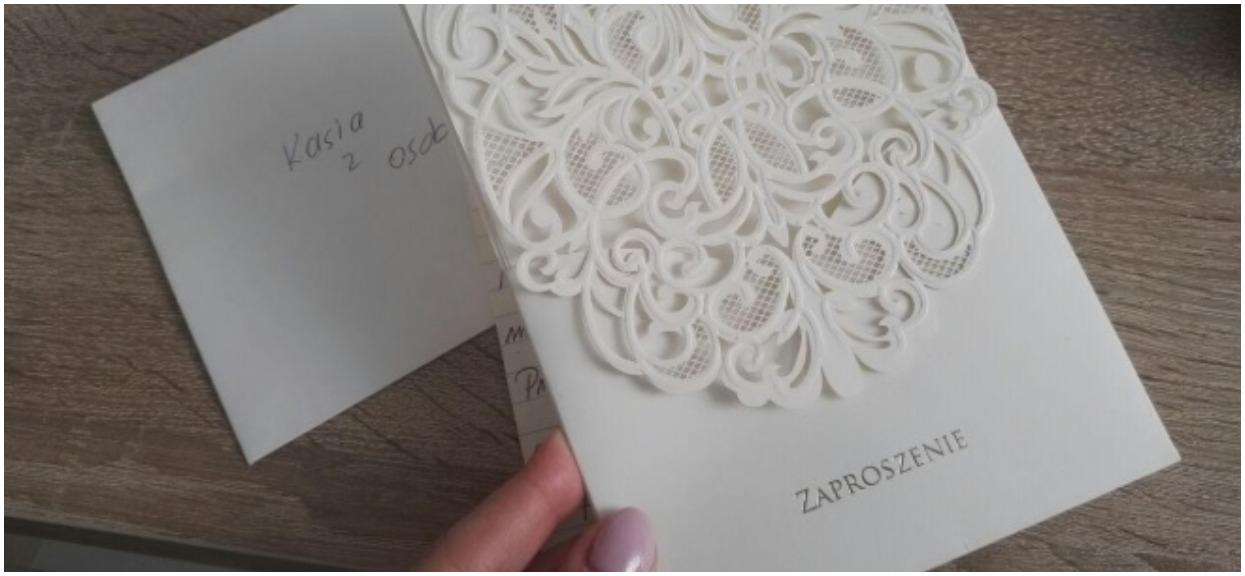 Gdy przeczytała zaproszenie na ślub, była w ogromnym szoku. Para młoda wprost napisała, czego oczekuje od gości