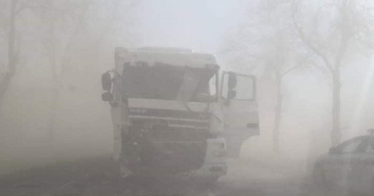Nad Polskę nadciągają wichury i burze piaskowe. Najbliższe dni najlepiej spędzić w domu