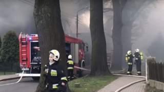 Najwyższy stopień zagrożenia, znana przyczyna. Przez wielkanocne pożary w Polsce nie żyje 6 osób