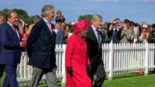 Ile lat ma królowa Elżbieta? Wczoraj z całego świata płynęły życzenia urodzinowe