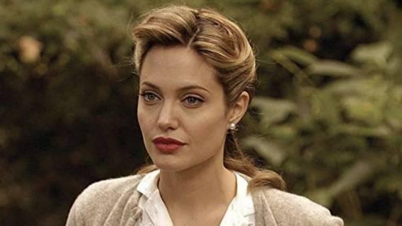 Angelina Jolie bez makijażu jak wygląda