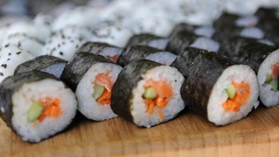 Jak zrobić sushi? Nigdy nie było prościej