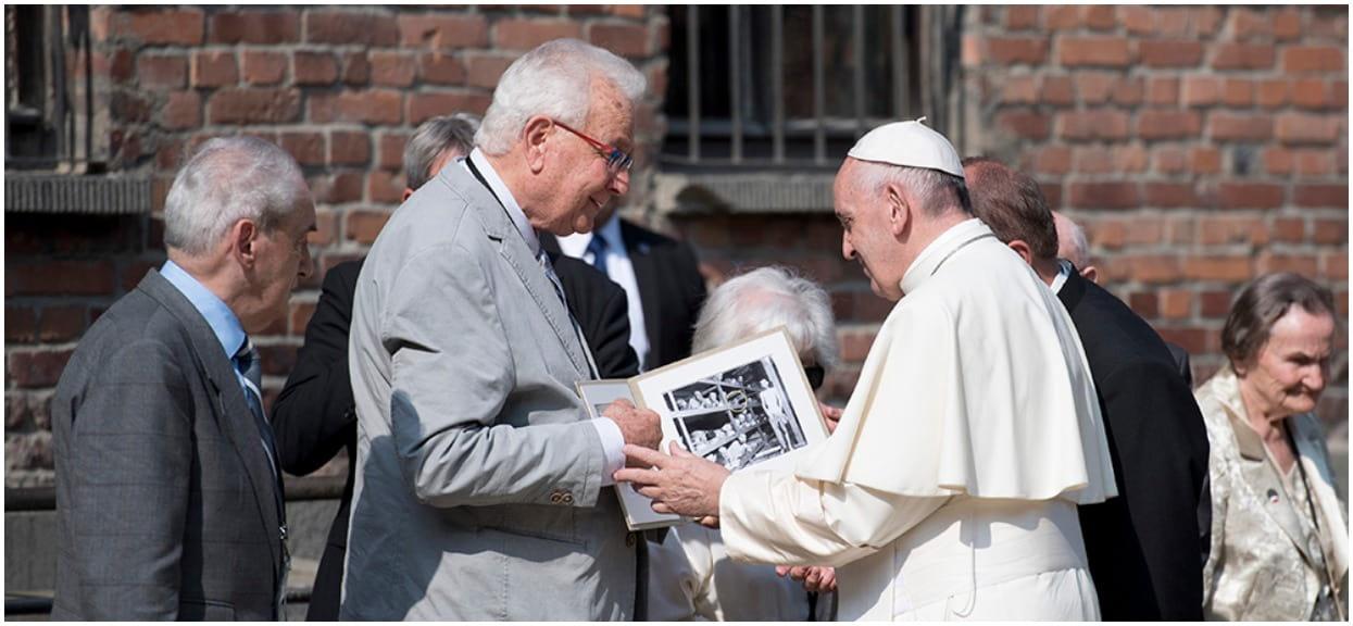 Czystka w polskim Kościele. Terminator papieża przeraził pedofilów w sutannach, gdziekolwiek się pojawia lecą głowy