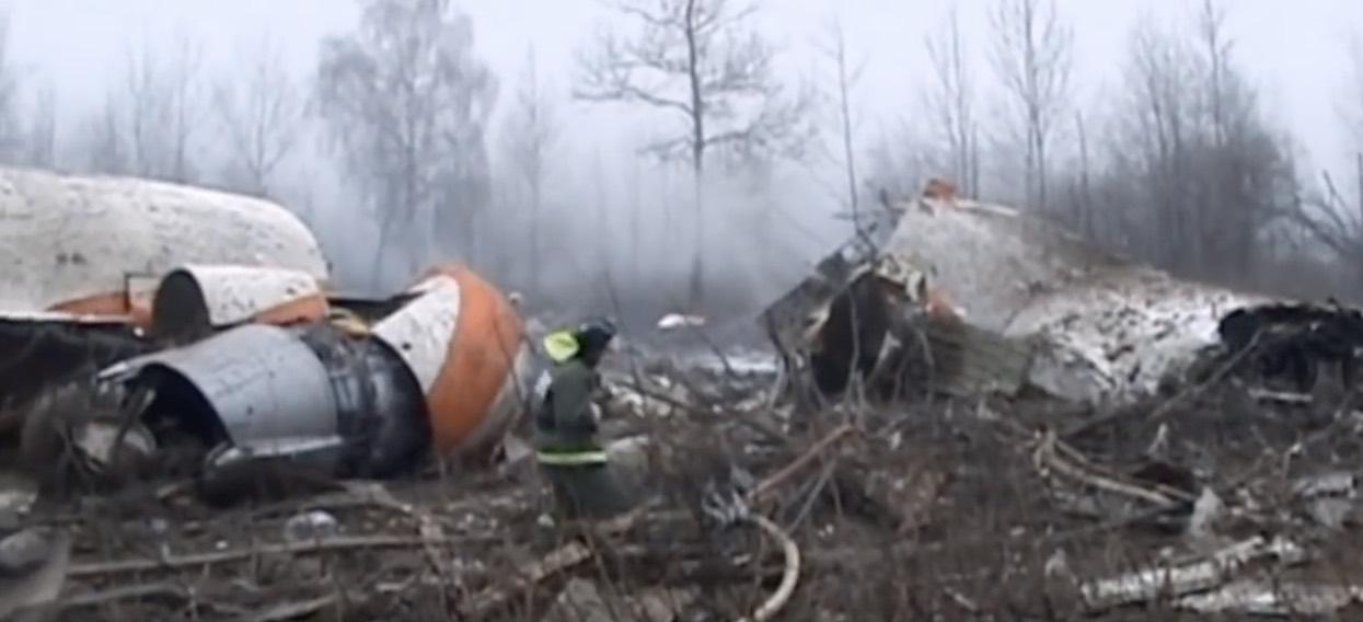 Oto co Rosjanie właśnie ustawili w miejscu tragedii smoleńskiej. Burza w internecie