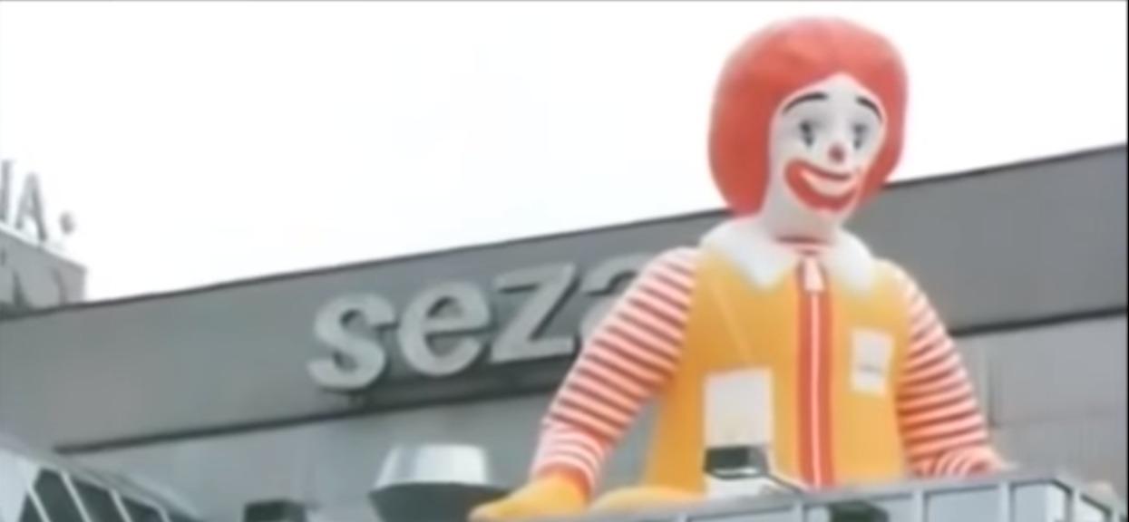 Kiedy powstał pierwszy McDonald w Polsce? Polacy rozsmakowali się w hamburgerach