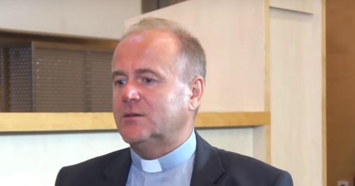 """Ks. Kobyliński o tuszowaniu pedofilii w Kościele. """"To robiło się systemowo"""""""