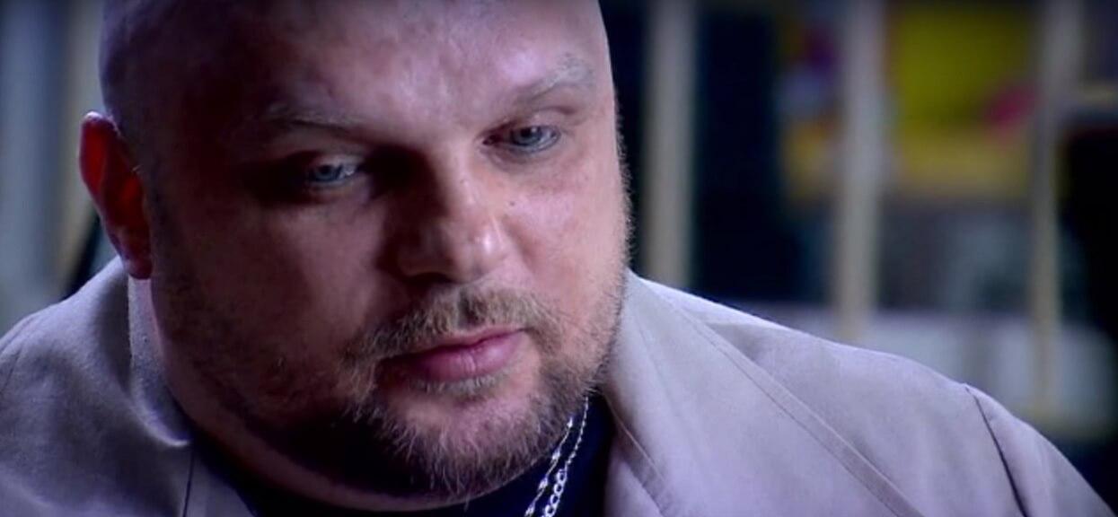 Policjant zmusił żonę Arkadiusza Kraski do stosunku, a jego dziecko wywieźli do lasu. Zamknęli go, żeby przestał mówić