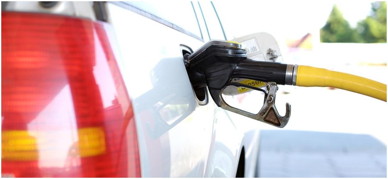 Cena benzyny najwyższa od lat. W wakacje będzie jeszcze gorzej, to jakaś tragedia