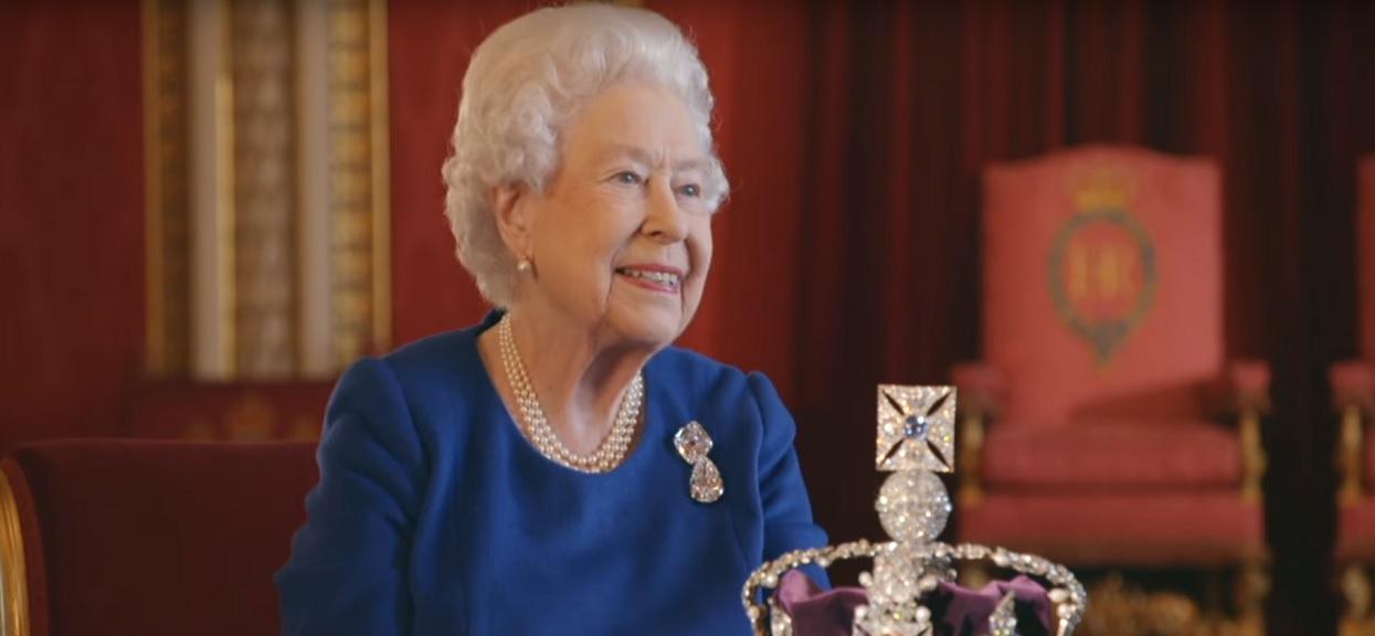 Elżbieta II pośpiesznie pojechała do Meghan Markle. To dla nich bardzo ważna chwila