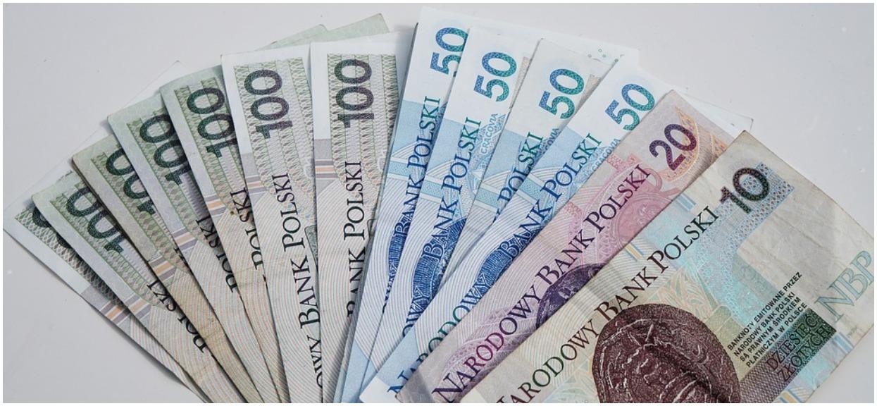 Kiedy przejść na emeryturę? Nie popełniaj tego błędu, możesz stracić duże pieniądze!