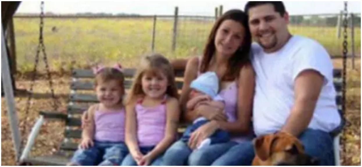 Zdjęcie tej rodziny wstrząsnęło internautami. Chodzi o jeden szczegół