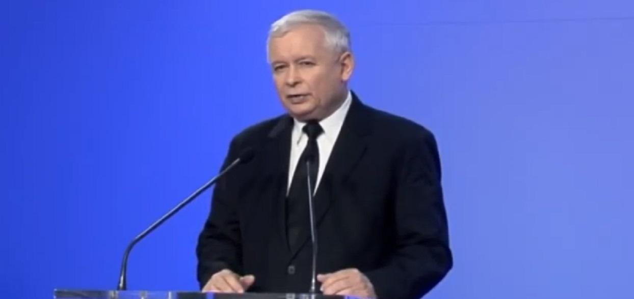 Modny Kaczyński zaskoczył wszystkich! Polityk zrobił się na bóstwo, niemiecka stylizacja zwala z nóg