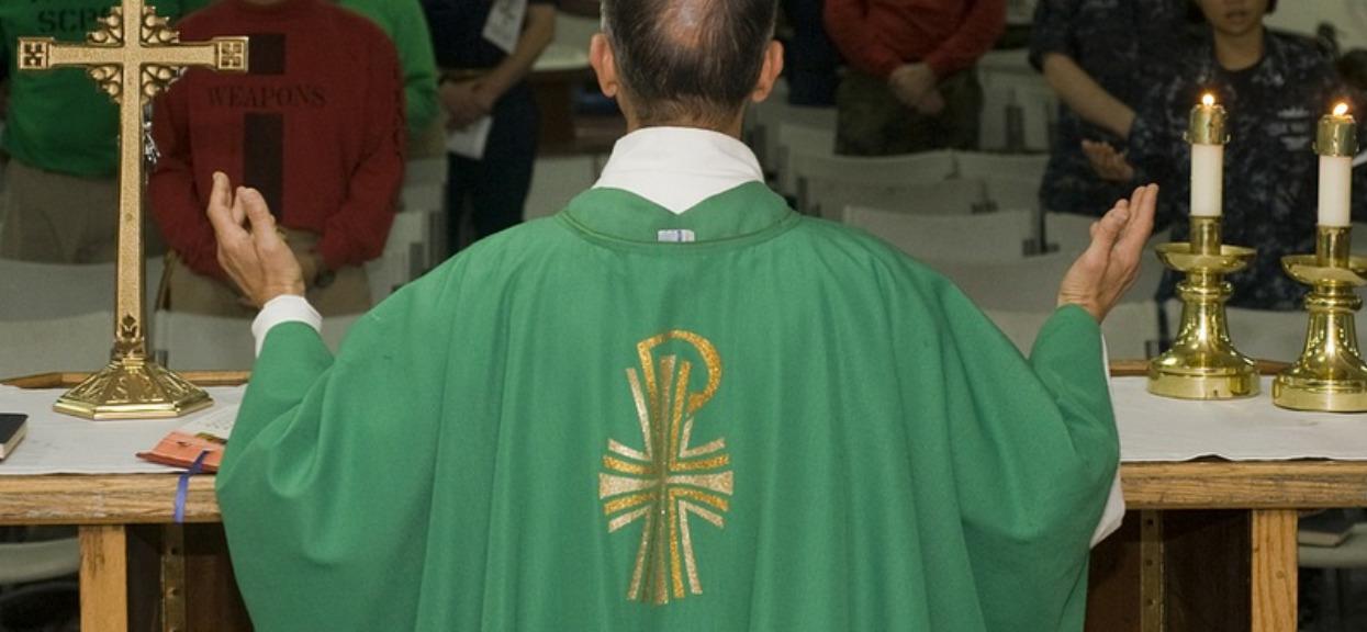Wielki triumf Sekielskiego! Kolejny ksiądz odsunięty, sprawa trafiła do Stolicy Apostolskiej
