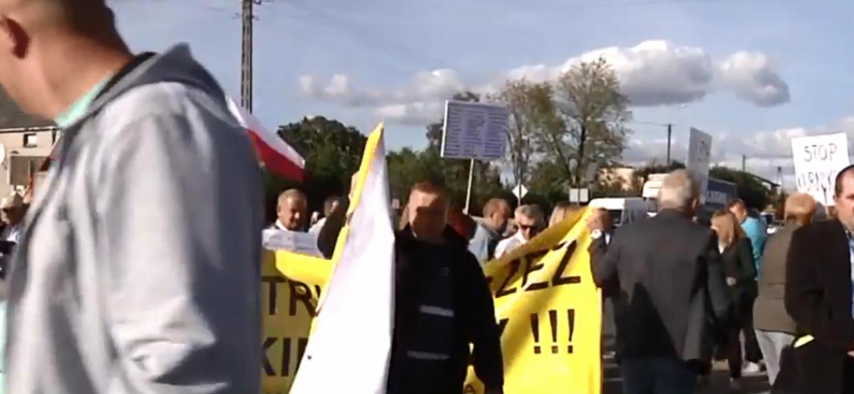 Polacy protestują przeciwko autostradzie w sercu Mazur. Oaza spokoju zostanie zniszczona?