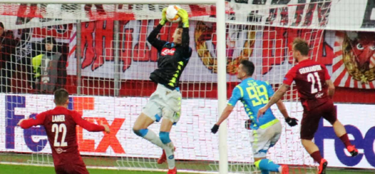 Napoli wygrywa w dramatycznych okolicznościach. Grali Polacy