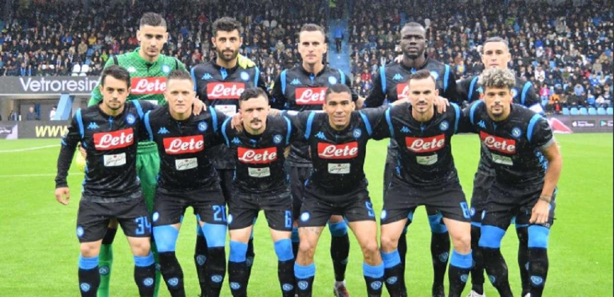 Kolejna szczęśliwa wygrana Napoli. Zadecydowały końcowe minuty spotkania