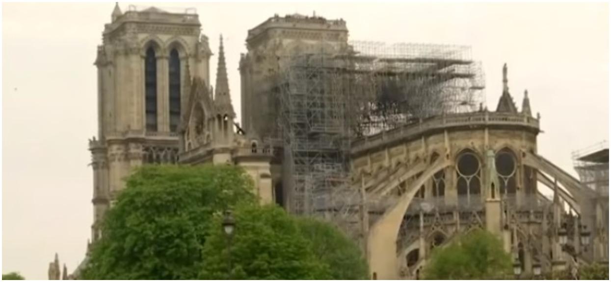 Katedra Notre Dame może się zawalić. Wyniki ekspertyzy są druzgocące