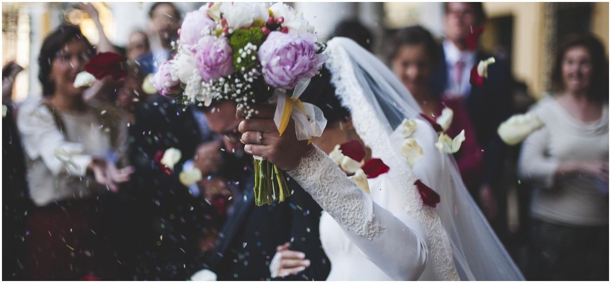 Jeden z najzdolniejszych polskich skoczków wziął ślub. Kim jest jego wybranka?