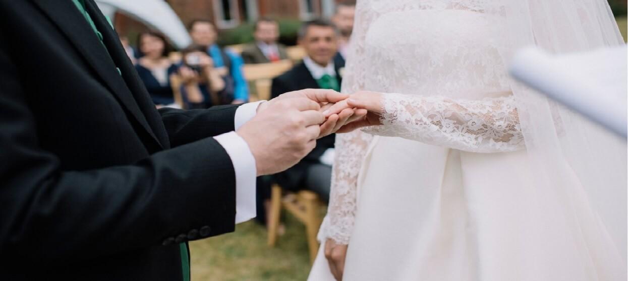 Zaręczyli się, a po tygodniu wzięli ślub. Kilka godzin później pan młody już nie żył