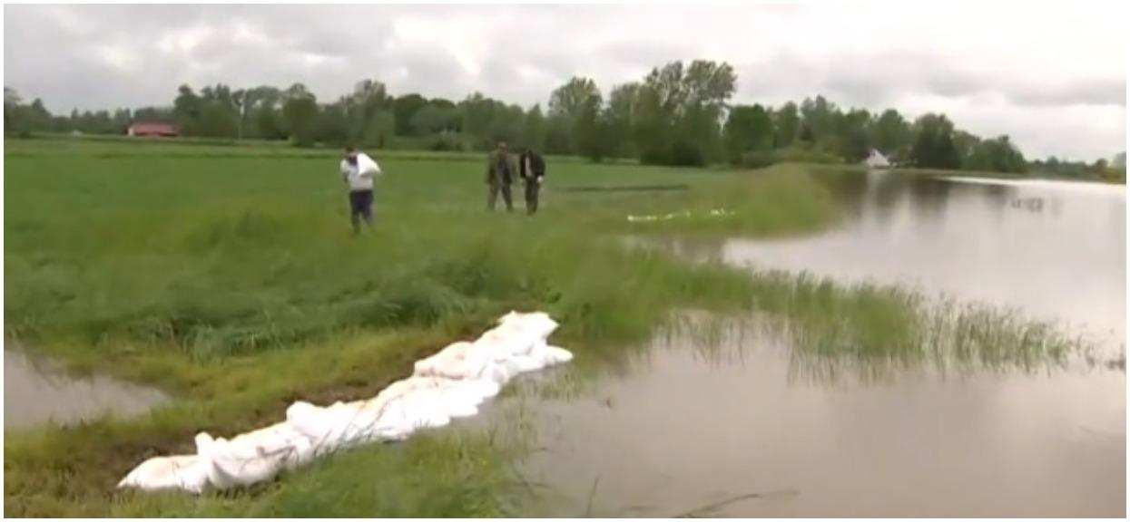 Tysiące interwencji służb, widmo powodzi coraz większe. TVN ostrzega przed kolejnymi nawałnicami