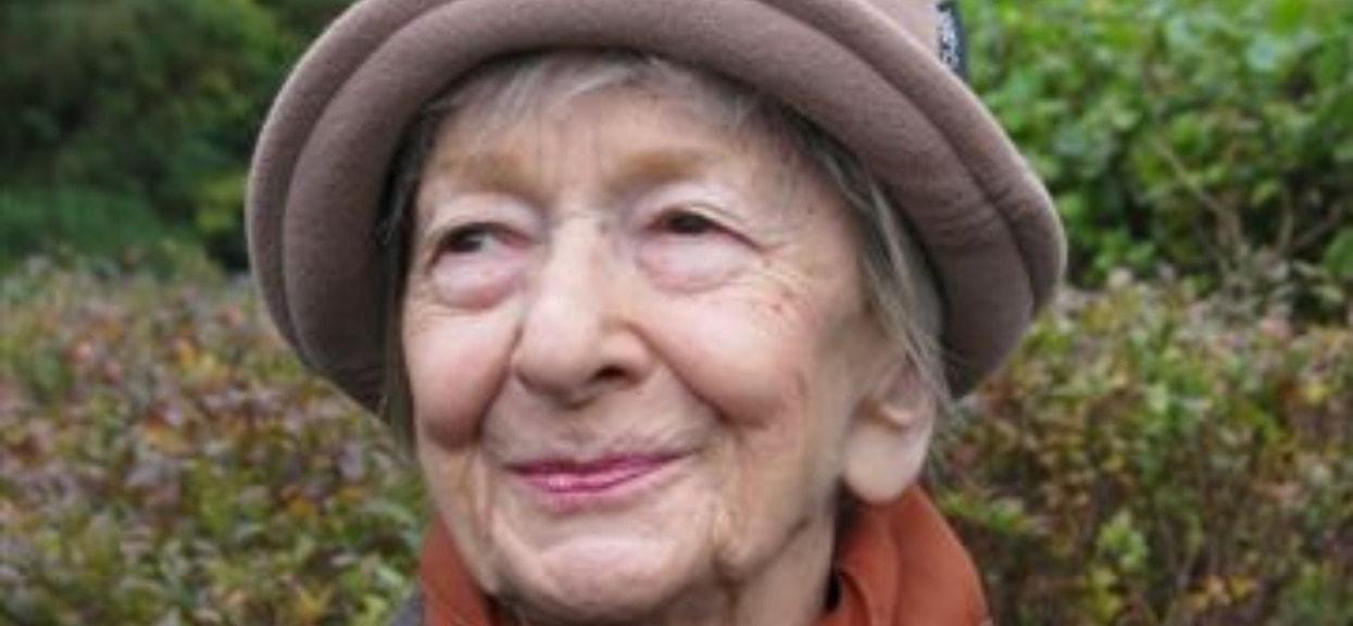 Wisława Szymborska Data Urodzenia Ile żyła Poetka