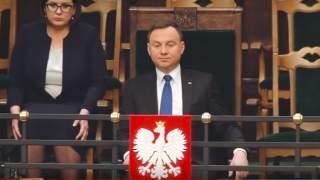 Andrzej Duda chce pozostać bezstronny, ale pojawia się na plakatach kandydatów PiS