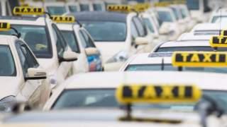 Rodzice wyszli z noworodkiem ze szpitala i zapomnieli go zabrać z taksówki. Zauważył go dopiero następny pasażer
