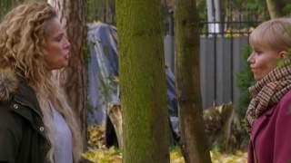 """Gwiazda serialu """"Przyjaciółki"""" rozwodzi się z mężem. Media ujawniają porażające kulisy rozstania"""