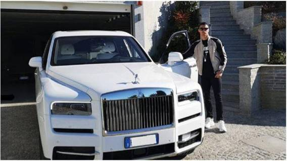 Ile Cristiano Ronaldo zarabia
