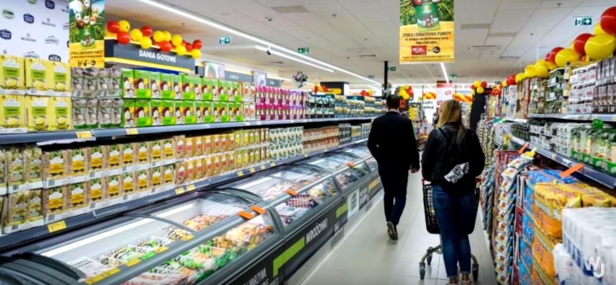 Wstrząsające doniesienia o głównym dostawcy mięsa Biedronki. Przez afrykański pomór świń ma ogromne problemy
